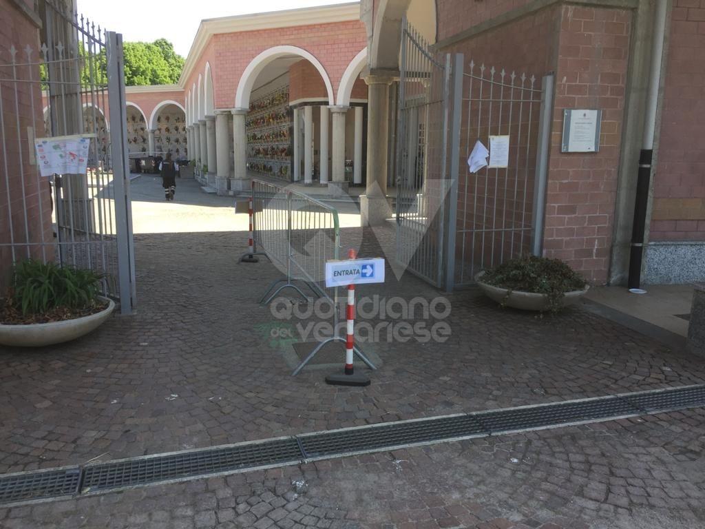 VENARIA - Operazioni di diserbo: chiude due giorni il cimitero di Altessano