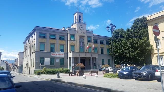 VENARIA - Assalto alla Cgil Roma: sindaco e consiglio comunale esprimono solidarietà alla Spi-Cgil