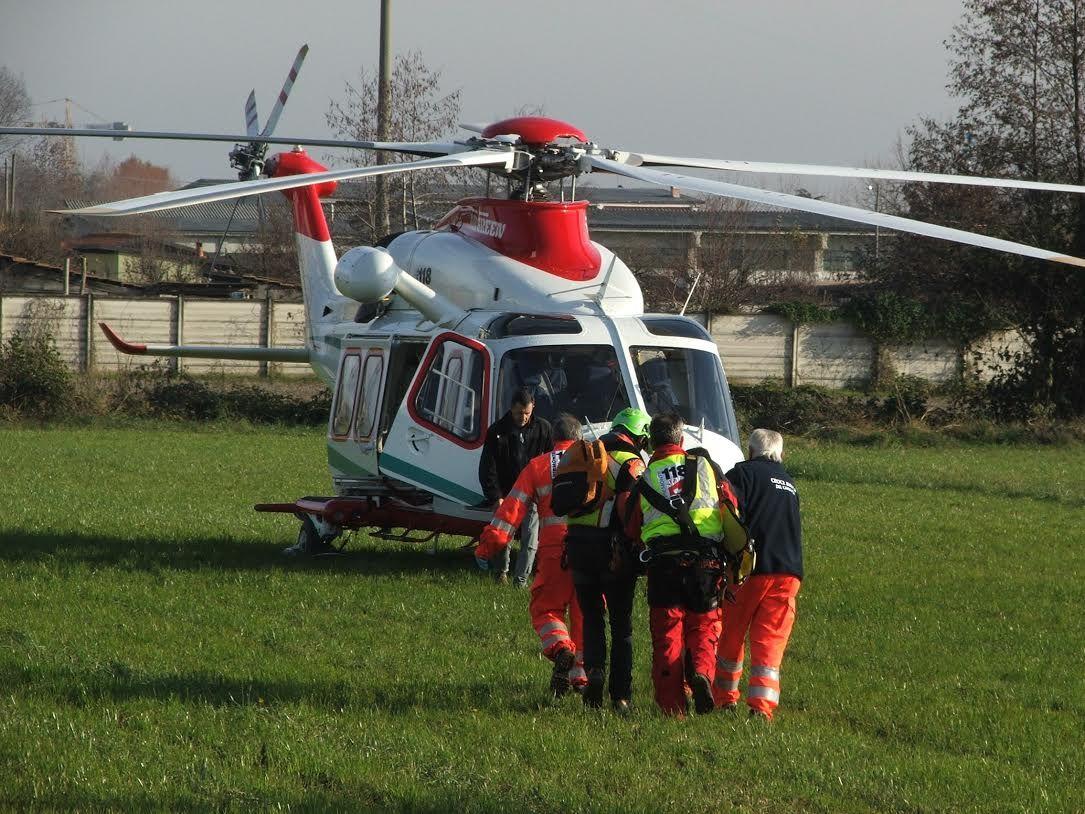 INCIDENTE SUL LAVORO - Tecnico di Rivoli ferito a Leini dall'esplosione di una caldaia: trasportato in elicottero al Cto
