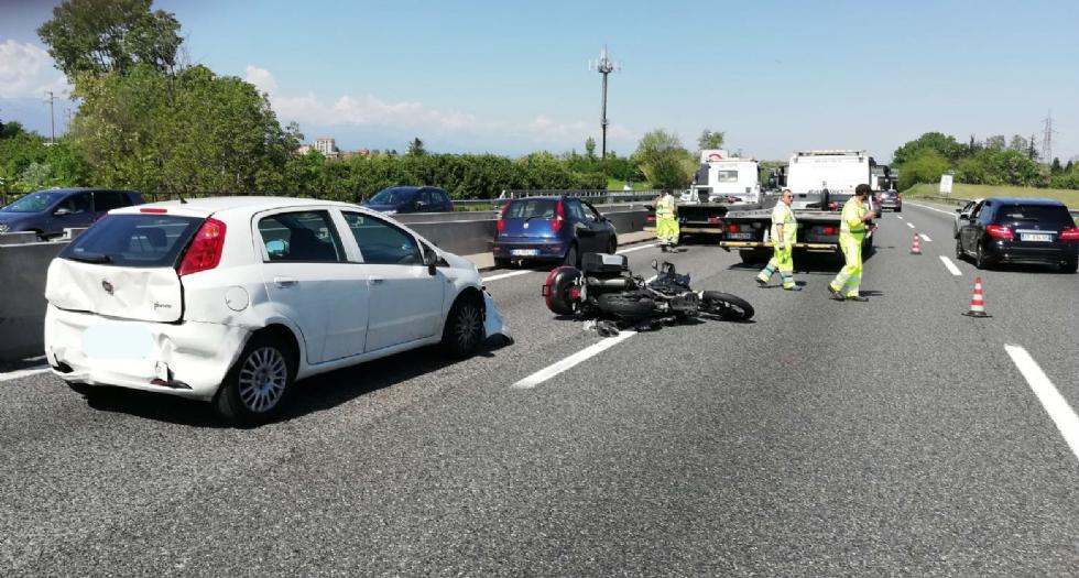 COLLEGNO-RIVOLI - Doppio incidente in tangenziale in pochi minuti: due feriti