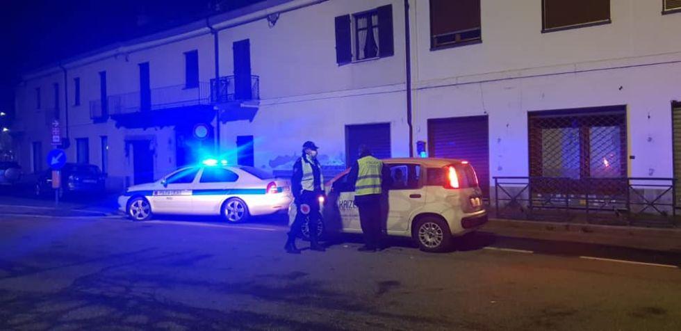 RIVOLI - Percorre corso Susa senza un valido motivo: automobilista denunciata