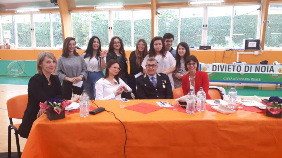 VENARIA - Lucia Annibali alle scuole: «La violenza sulle donne e di genere è un problema culturale»