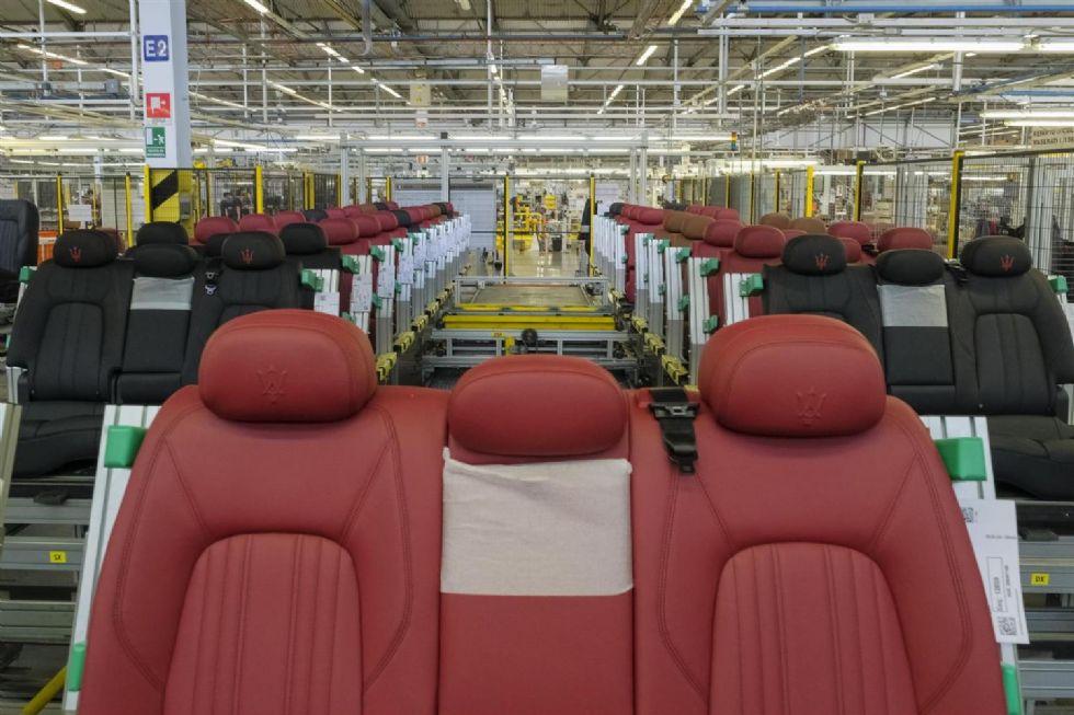 GRUGLIASCO - I sindacati lanciano l'allarme sull'azienda che produce i sedili per Maserati