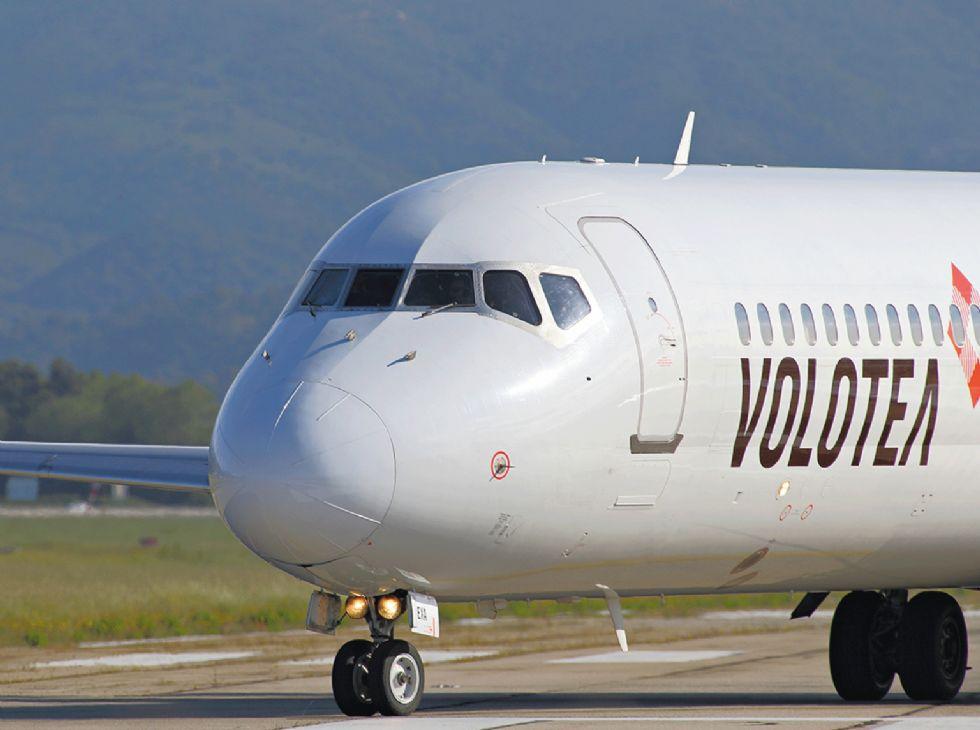 CASELLE - Paura per il volo Napoli-Torino: atterraggio d'emergenza a Genova