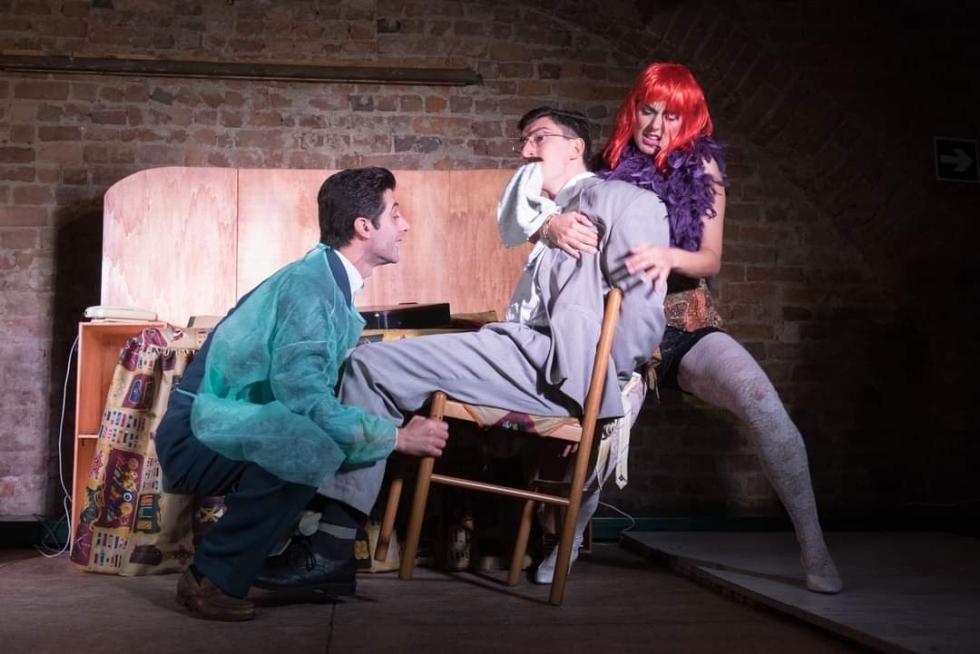 VENARIA - Torna «A Teatro da Te»: sabato sera è «Delitto Imperfetto» con gli Onda Larsen