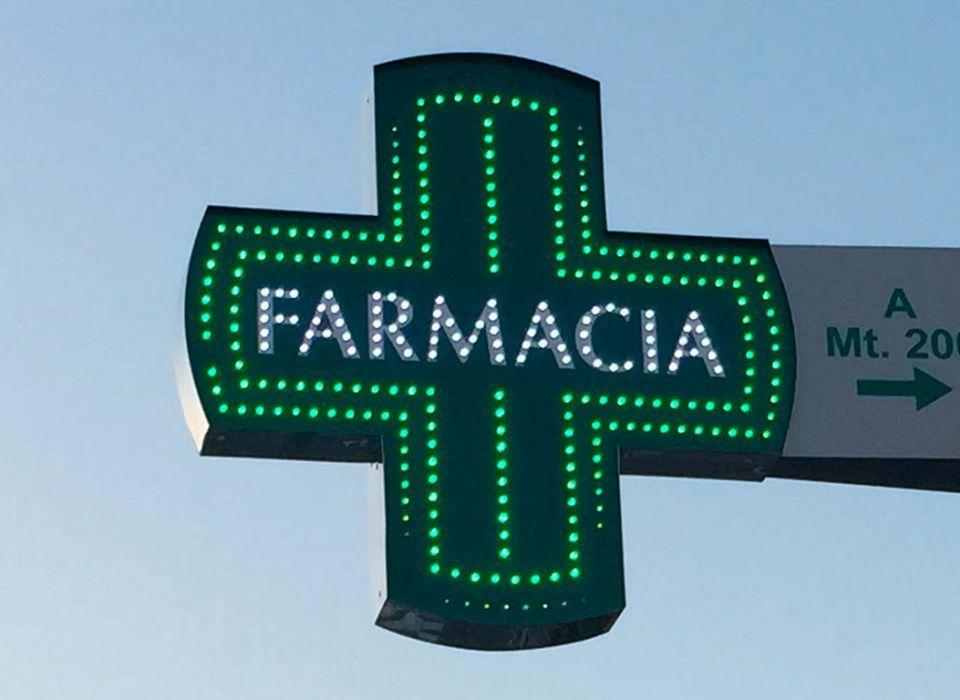SANITA' - In farmacia si possono prenotare le prestazioni ambulatoriali, pagare ticket e ritirare i referti