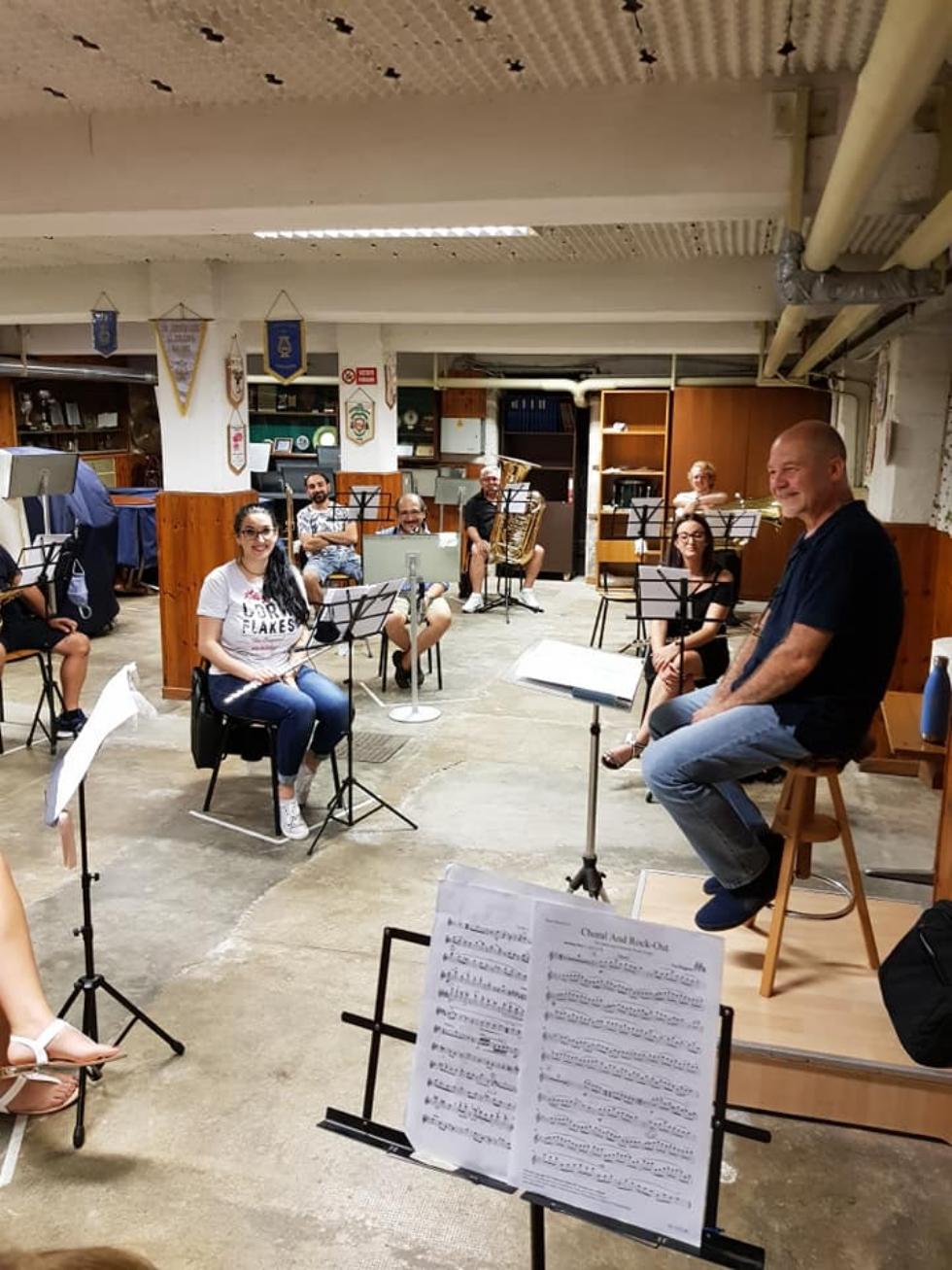 VENARIA - La banda torna a «casa»: le prove con il rispetto delle norme «anti Covid»