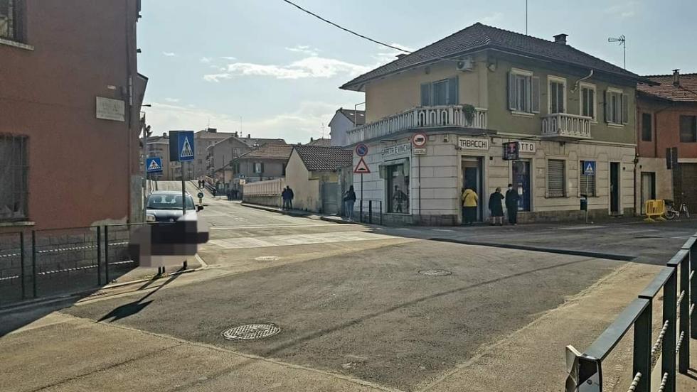 VENARIA - Chiusa la voragine di via Canale: viabilità e percorso bus tornati alla normalità