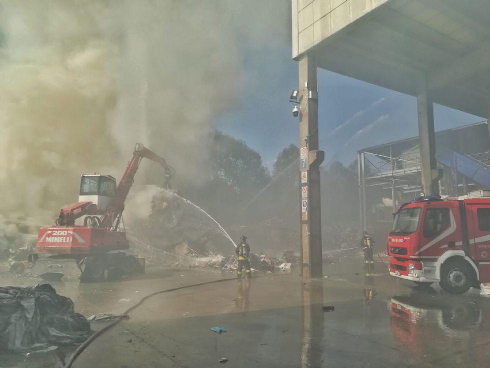 MAPPANO - Incendio a Cascina Pulita: «Grazie a operatori e dipendenti è stato evitato il peggio»