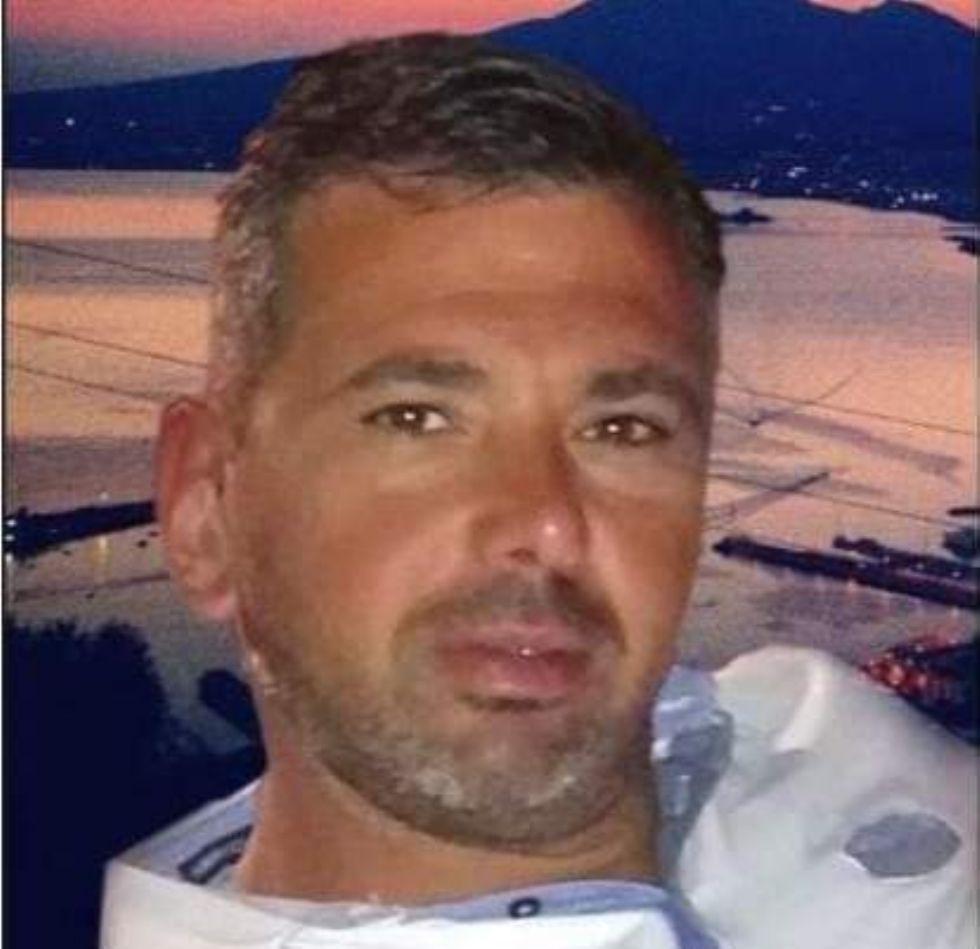 VENARIA - Domani l'ultimo saluto a Nino Magrone, morto a 49 anni dopo un incidente a lavoro