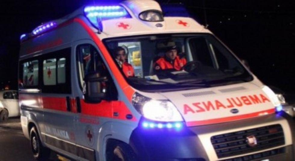 CAFASSE - Investito da un'auto in via Monasterolo: uomo in gravissime condizioni al Cto