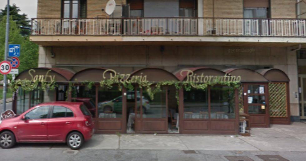 COLLEGNO - Dramma in pizzeria: 19enne rimane con la mano incastrata nell'impastatrice