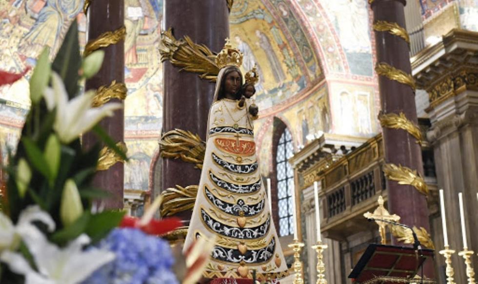COLLEGNO-CASELLE - Domani all'Aero Club e in aeroporto arriva la Madonna di Loreto