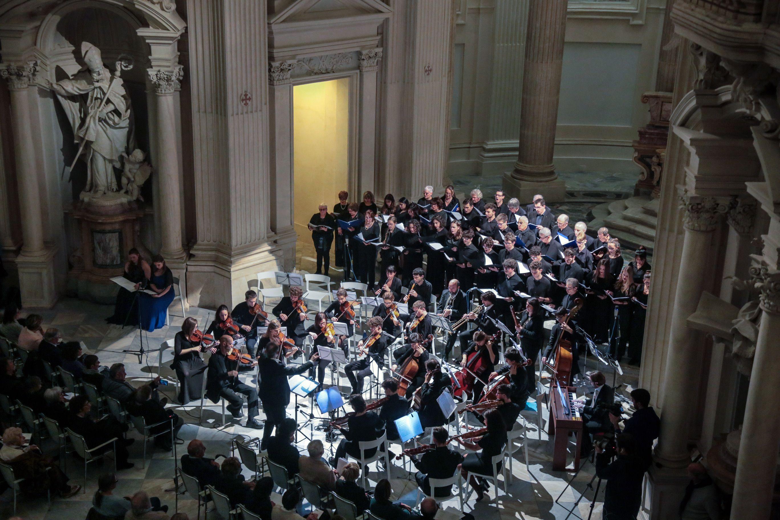 VENARIA - A Sant'Uberto si rivive l'atmosfera delle chiese di corte con «Regia Cappella»