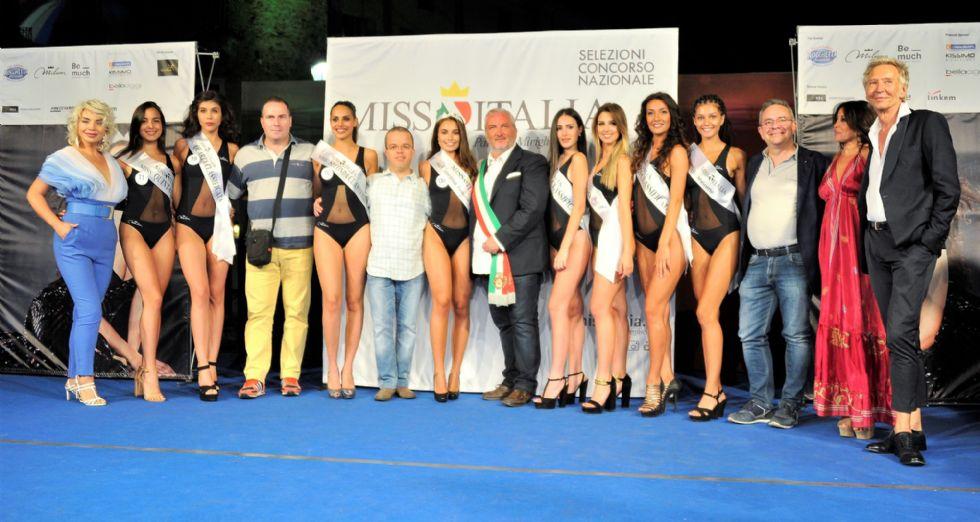COLLEGNO - Erica Ceste quarta alle finali regionali di Miss Cinema Piemonte e Valle d'Aosta