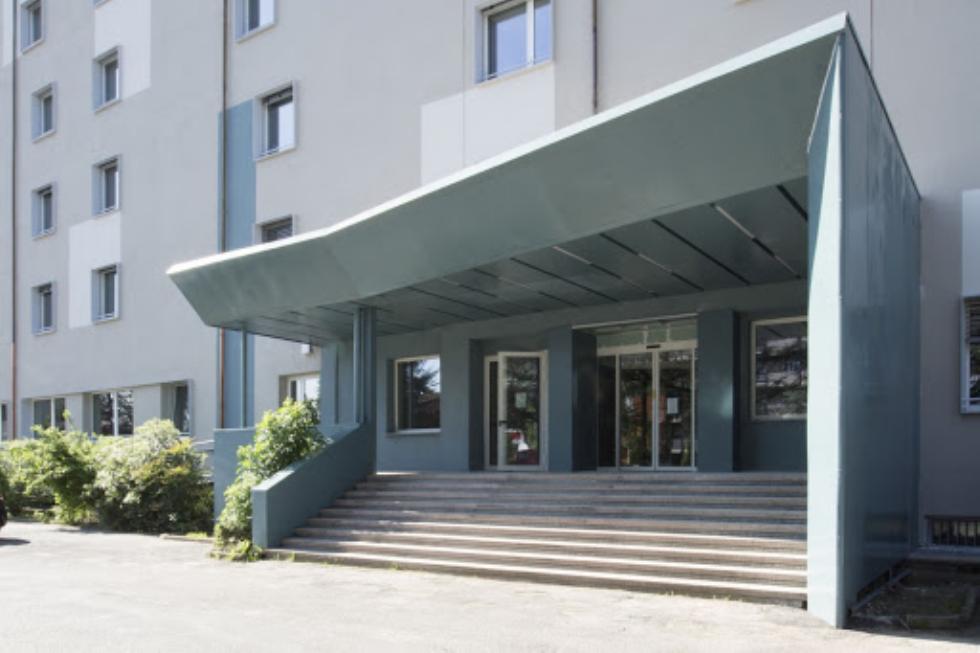 RIVOLI - Partita la vaccinazione «anti Covid» nelle Rsa Santa Maria della Stella e San Giovanni Bosco