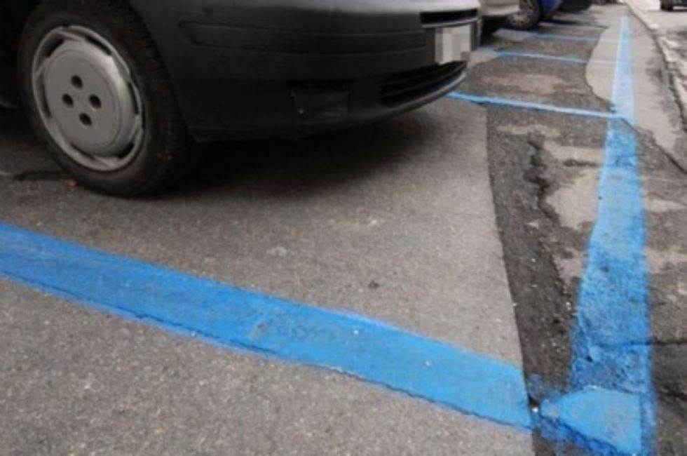 VENARIA - Sospesa la sosta a pagamento delle auto fino al prossimo 23 novembre