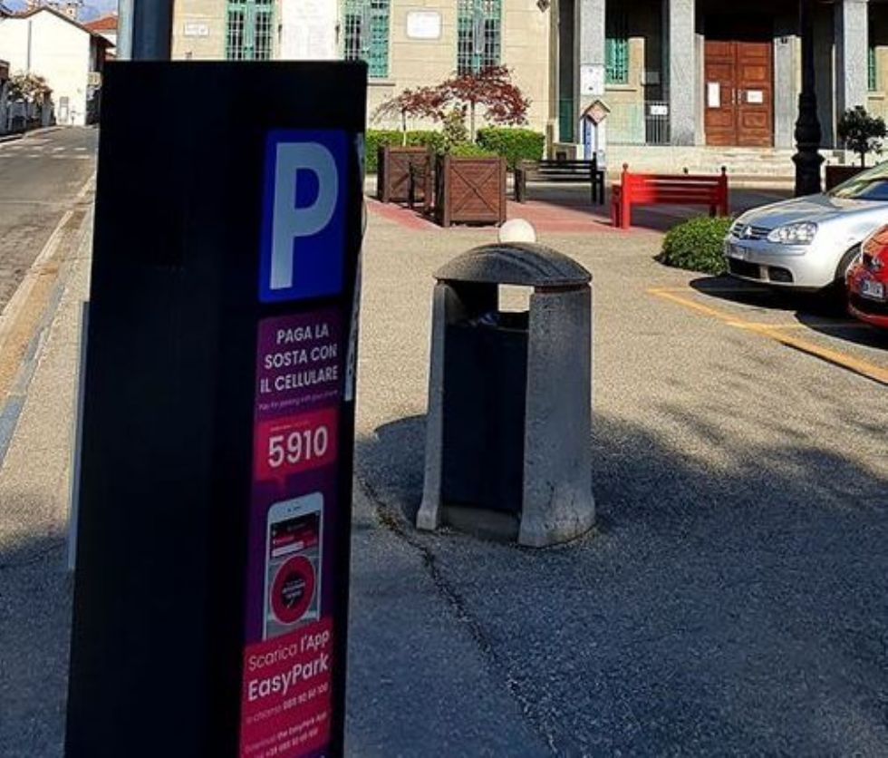 VENARIA - Strisce blu ancora sospese: stop fino al 19 aprile compreso