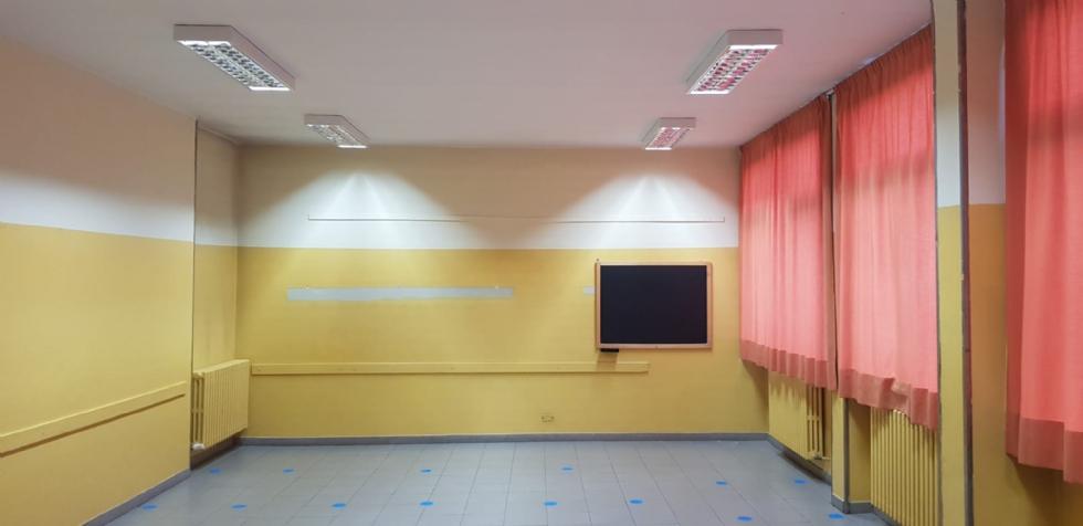 BORGARO - Le scuole cittadine proiettate nel futuro: ecco la nuova illuminazione led
